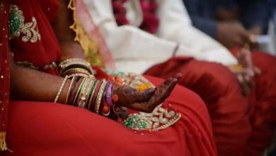 Photo of شوہر نے اپنی بیوی کا نکاح اس کے عاشق سے کرایا