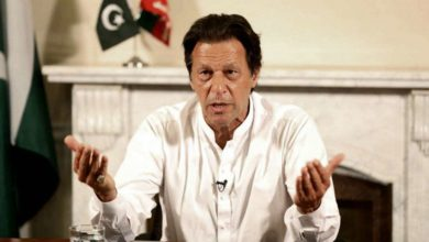 Photo of قرض کے جال میں پھنسےہیں ہم، ملک چلانے کے لئے پیسے نہیں ہیں:عمران خان