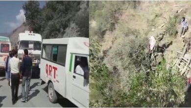 Photo of جموں وکشمیر: رام بن میں منی بس گری کھائی میں، 20 افراد ہلاک جبکہ 15 زخمی