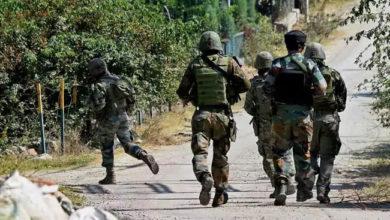 Photo of جنوبی کشمیر کے کولگام میں مسلح تصادم: 3 جنگجو ہلاک، 2 سیکورٹی فورس اہلکار زخمی