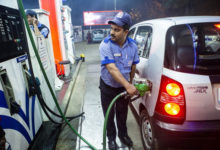 Photo of نہیں رک رہی ہے پٹرول-ڈیزل کی قیمتوں کی رفتار، آج پھر سے ہوا مہنگا