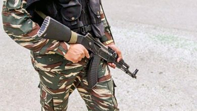 Photo of غازی آباد کیمپ میں بی ایس ایف جوان نے اپنے ساتھی کو ماری گولی