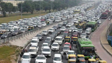 Photo of نئے سال کے موقع پر دلی ٹریفک جام سے بے حال، میٹرو کے چار اسٹیشنوں پر نکاسی بند