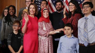 Photo of امریکی کانگریس میں رقم ہوئی نئی تاریخ، مسلم خاتون رکن نے قرآن پر ہاتھ رکھ کرحلف لیا