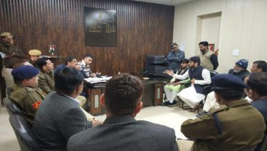Photo of دہلی وقف بورڈ کے چیئر مین نے لال مسجد کوسی آر پی ایف کے قبضے سے کرایا آزاد