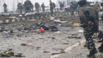 Photo of پلوامہ خودکش حملہ: شہیدوں کی تعداد پہنچی 30، 45 جوان زخمی