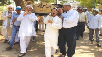 Photo of سید اشہد علی پُرنم آنکھوں کے ساتھ سپرد خاک