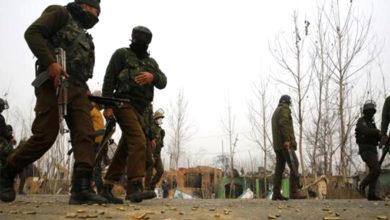 Photo of کشمیر: 3 مختلف مقامات پر مسلح تصادم، 6 جنگجو اور ایک 12 سالہ لڑکا ہلاک