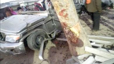 Photo of دیوریا میں سنگین حادثہ: باراتيوں سے بھری بولیرو درخت سے ٹکرائی، 8 کی موت جبکہ 3 کی حالت نازک