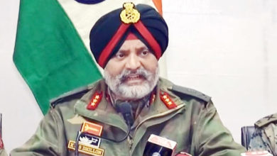 Photo of پلوامہ حملے کے بعد سے اب تک 18 جنگجو مارے گئے: لیفٹیننٹ جنرل