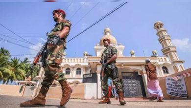 Photo of سری لنکا میں مسجد اور مسلمانوں کی دکانوں پر حملہ: کرفیو نافذ، انٹرنیٹ خدمات بند