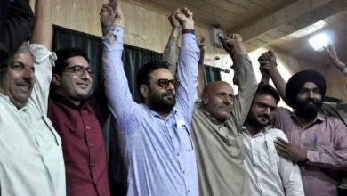 Photo of شاہ فیصل اور انجینئر رشید نے ملایا ہاتھ، اگلی سرکار بنانے کا کیا دعویٰ