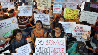 Photo of بنگال میں ڈاکٹروں اور حکومت کے درمیان تعطل جاری
