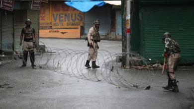 Photo of وادی کشمیر میں رک گئیں ہزاروں شادیاں، کروڑوں کا کاروبار تباہ