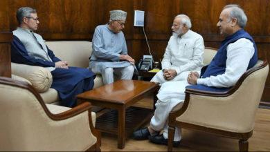 Photo of کشمیر مسئلہ: فاروق عبداللہ اور عمر نے کی پی ایم مودی سے بات چیت