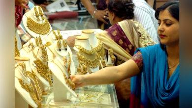 Photo of سونا پہنچا 40 ہزار کے قریب، چاندی کی قیمت میں بھی اضافہ