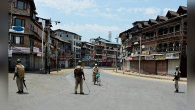Photo of کشمیر: پبلک ٹرانسپورٹ سے جڑے افراد بے تحاشا مالی نقصان سے دوچار