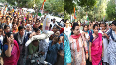 Photo of دہلی خواتین کانگریس کا کھٹّر کے خلاف بی جے پی دفتر پر احتجاجی مظاہرہ