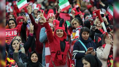 Photo of ایران: خواتین کو 40 برس بعد فٹ بال اسٹیڈیم جانے کی اجازت