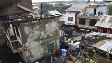 Photo of سری نگر میں آتشزدگی، 3 افراد جھلسے، 11مکانات کو پہنچا نقصان