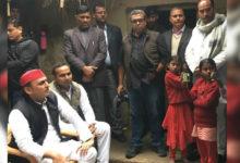 Photo of اناؤ معاملہ: مرنے والی لڑکی کے اہل خانہ سے ملے اکھلیش، کیا مدد کا وعدہ