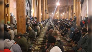 Photo of کشمیر: ساڑھے چار ماہ بعد تاریخی جامع مسجد میں نماز جمعہ