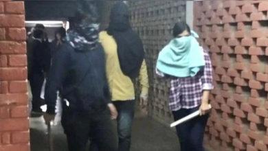 Photo of جے این یو تشدد: نقاب پہنے حملہ آور لڑکی کی ہوئی شناخت، دہلی پولیس جلد بھیجے گی نوٹس