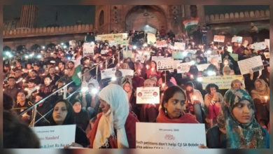 Photo of جامع مسجد کی سیڑھیوں پر شہریت مخالف احتجاج، تمام مذاہب کے لوگوں کی شرکت
