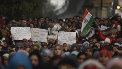 Photo of جامعہ: نہ لاٹھی کی پرواہ نہ گولی کا ڈر، جمع ہوئے ہیں طلبا کے ہزاروں سر