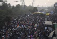 Photo of شاہین باغ: مظاہرین نے اسکولی بسوں اور ایمبولینس کے لئے روڈ کو دوسری جانب سے کھول دیا