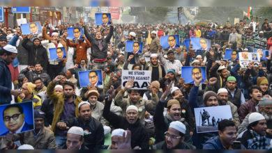 Photo of سی اے اے کی مخالفت میں دھرنے ہنوز جاری