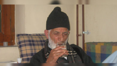 Photo of کشمیر: گیلانی کی صحت سے متعلق افواہوں سے سراسیمگی، انٹرنیٹ خدمات معطل
