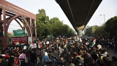 Photo of دہلی اسمبلی الیکشن کے پیش نظر طلبا مظاہرین نے خالی کی جامعہ کی سڑک