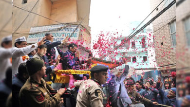 Photo of دہلی اسمبلی انتخابات: سی ایم کیجریوال کا روڈ شو، لوگوں سے مانگا ووٹ