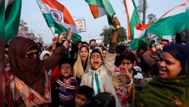 Photo of شاہین باغ: مظاہرین کے جوش وخروش میں کوئی کمی نہیں، ہندوسینا نے خالی کرانے کی دی تھی دھمکی