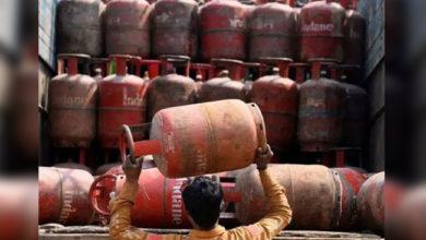 Photo of رسوئی گیس سلینڈر کی قیمت میں 144 روپے کا اضافہ