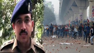 Photo of دہلی فسادات: ڈی سی پی کو مارنے کی سازش کا انکشاف، خواتین نے اتارا تھا ہیلمٹ