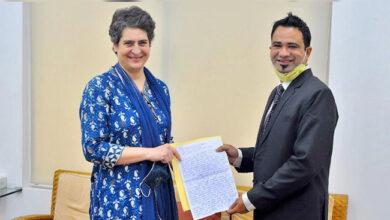 Photo of ڈاکٹر کفیل خان کی پرینکا گاندھی سے ملاقات