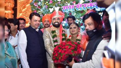 Photo of بی جے پی رکن اسمبلی کی شادی میں اڑیں کورونا اصولوں کی دھجیاں