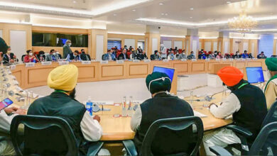 Photo of اگلی میٹنگ 9 دسمبر کو، کسان زرعی قوانین کے خاتمے پر قائم
