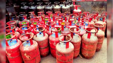 Photo of سالِ نو پر مہنگائی کا تحفہ، کمرشل گیس سلنڈر کی قیمتوں میں اضافہ