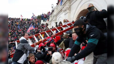 Photo of ٹرمپ حامیوں کا کیپیٹل ہل پر حملہ: 4 کی موت، کرفیو نافذ