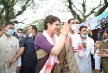 Photo of پرینکا گاندھی آسام پہنچی