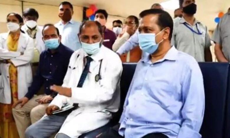 Kejriwal Get Covid19 Vaccine